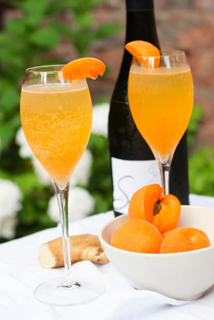 Apricot Ginger Champagne Cocktail platingsandpairings.com