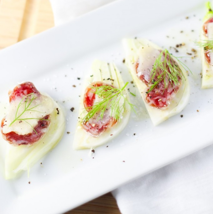These Fennel & Salami Bites are a perfect holiday appetizer. It only takes 3 ingredients to create these delicious bites! | platingsandpairings.com