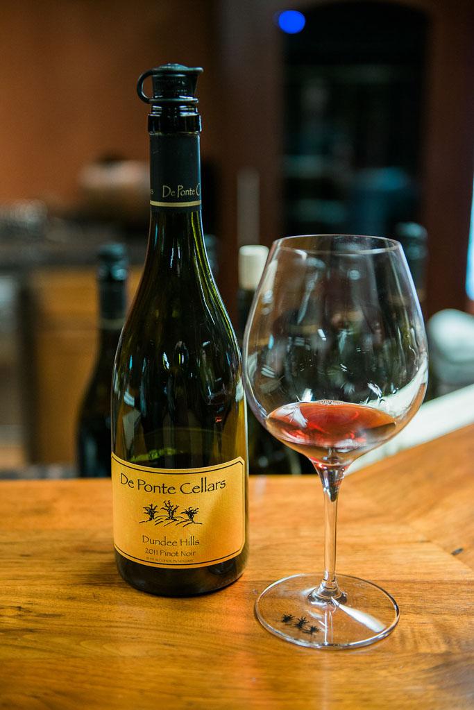 Wine Tasting at De Ponte Cellars in Dayton, Oregon - This lovely winery is in the heart of Oregon's Willamette Valley   platingsandpairings.com