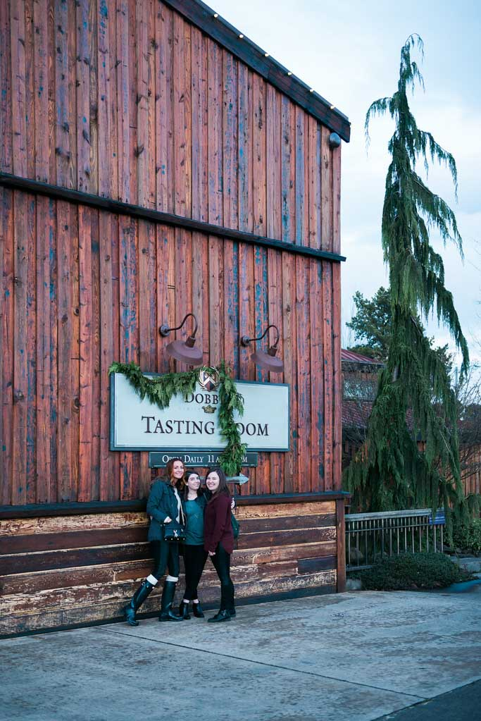 Wine Tasting at Dobbes Estate in Dundee, Oregon #WineWednesday | platingsandpairings.com