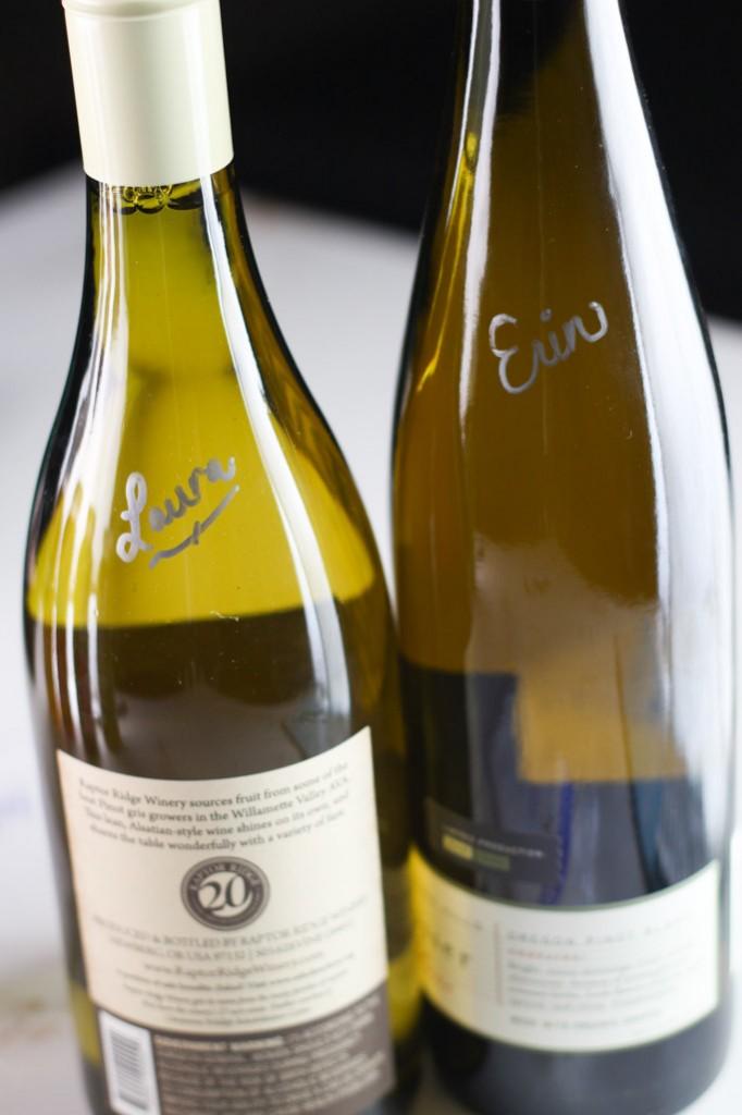Wine Tasting Tips - What I pack for a day of wine tasting | platingsandpairings.com