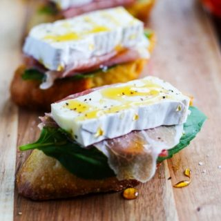Prosciutto, Brie & Honey Crostini