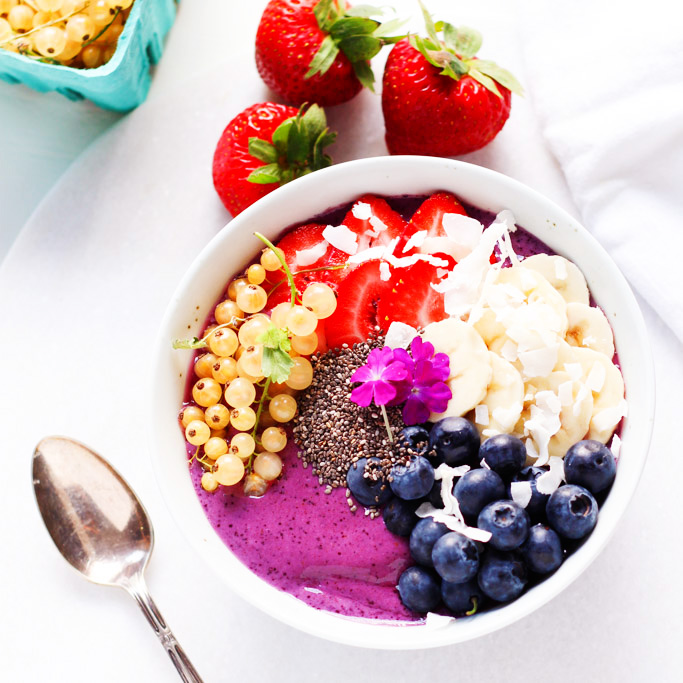This Blueberry Yogurt Smoothie Bowl is the perfect way to start your day or refresh after a long workout   platingsandpairings.com