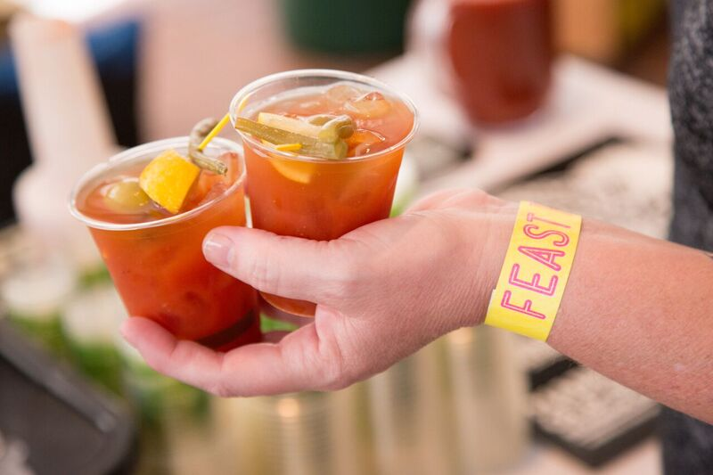 A Newbie's Guide to FEAST Portland! The ultimate foodie adventure is coming to PDX September 15-18, 2016 and it will be my first year attending the event! | platingsandpairings.com