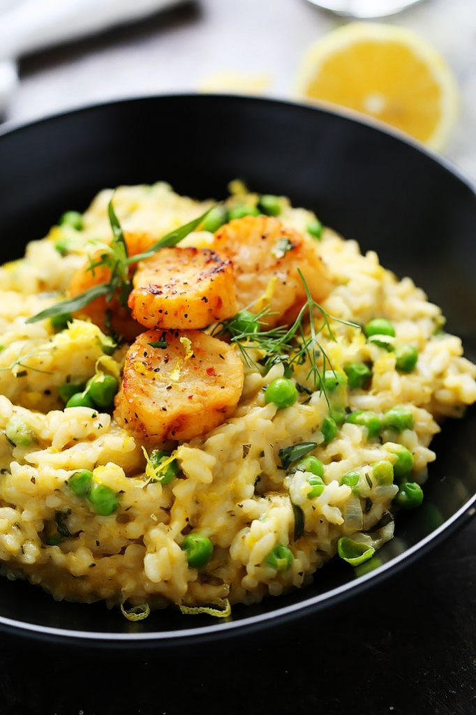 These Seared Scallops with Sweet Pea, Lemon & Tarragon Risotto are the perfect romantic dinner recipe to celebrate Valentine's Day or other special occasion. | platingsandpairings.com