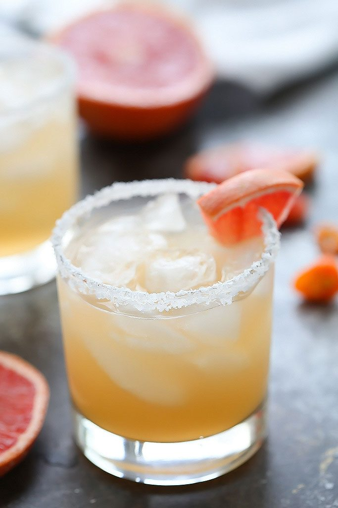 This Grapefruit Habanero Margarita is the perfect spicy cocktail for sipping on summer days! | platingsandpairings.com
