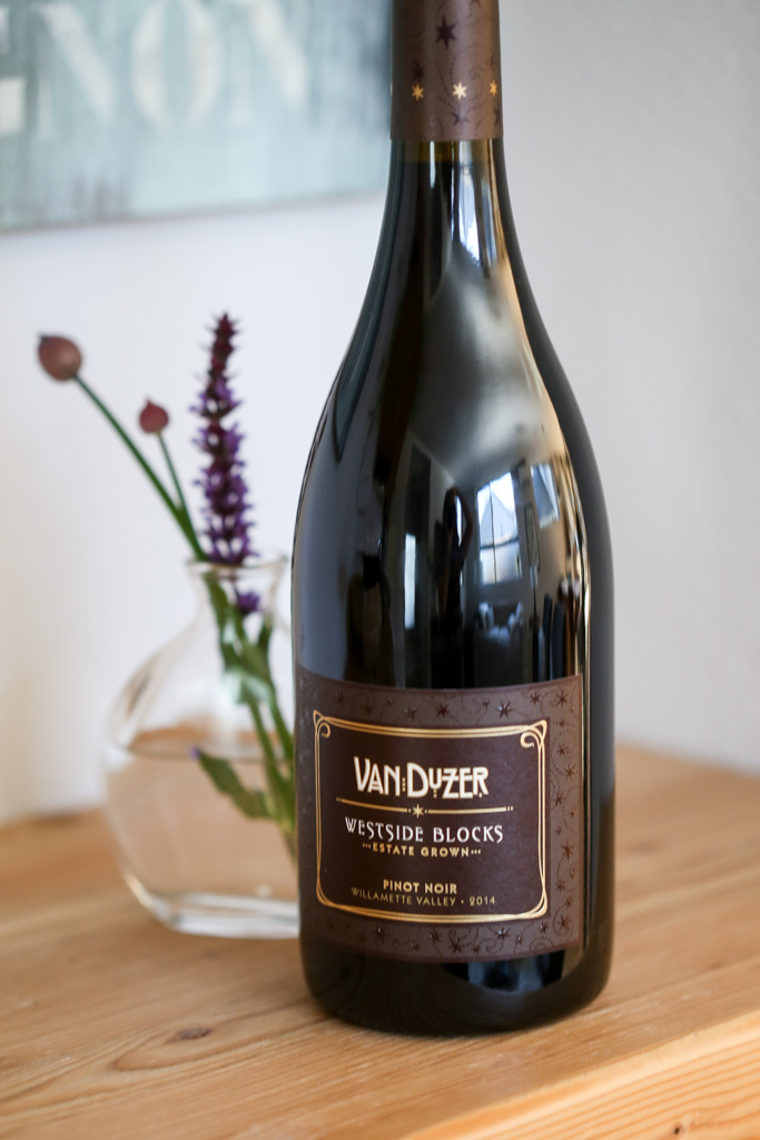 Oregon Wine Pairings | Oregon Wine Month | platingsandpairings.com