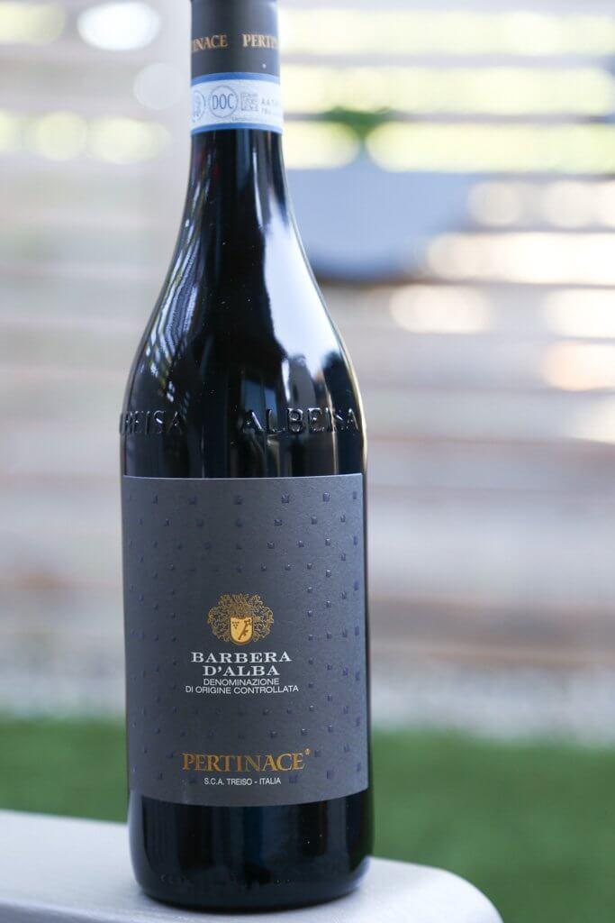 7 Perfect Wines that Pair with BBQ   platingsandpairings.com