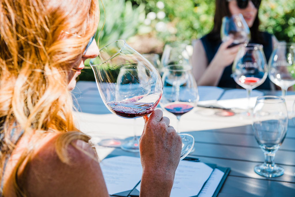 The Gran Moraine Tasting Room in Yamhill, Oregon has spectacular views & a lovely patio to enjoy while sipping on their Pinot Noir, Chardonnay & Rosé wine.