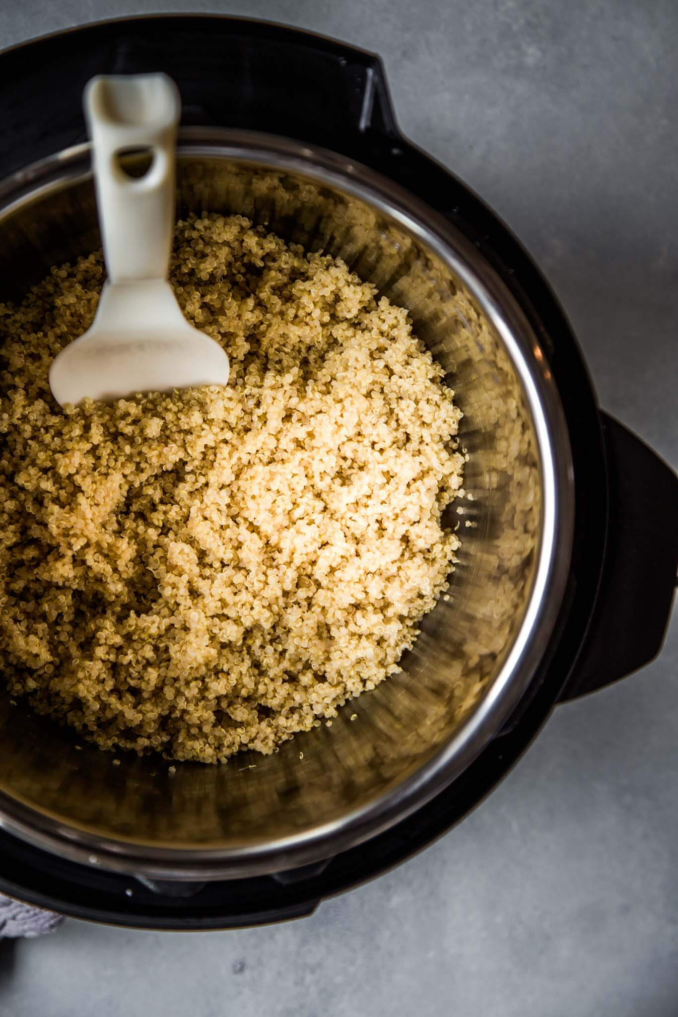 With these easy tips, you'll see it's simple to cook perfect quinoa in the Instant Pot with minimal measuring. The result is fluffy and flavorful quinoa that's super simple to prepare.