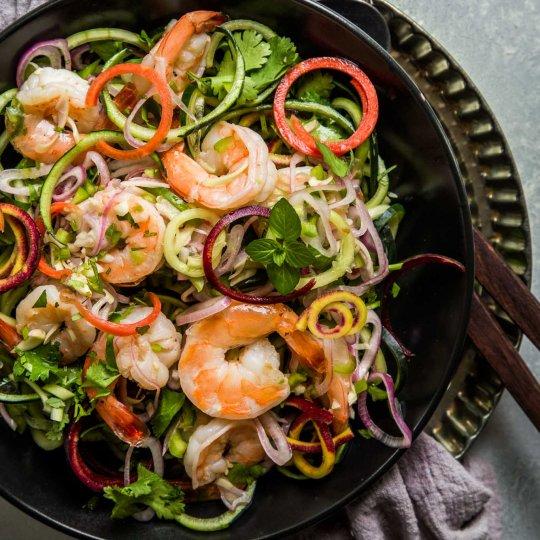 Thai shrimp salad served in a black dish