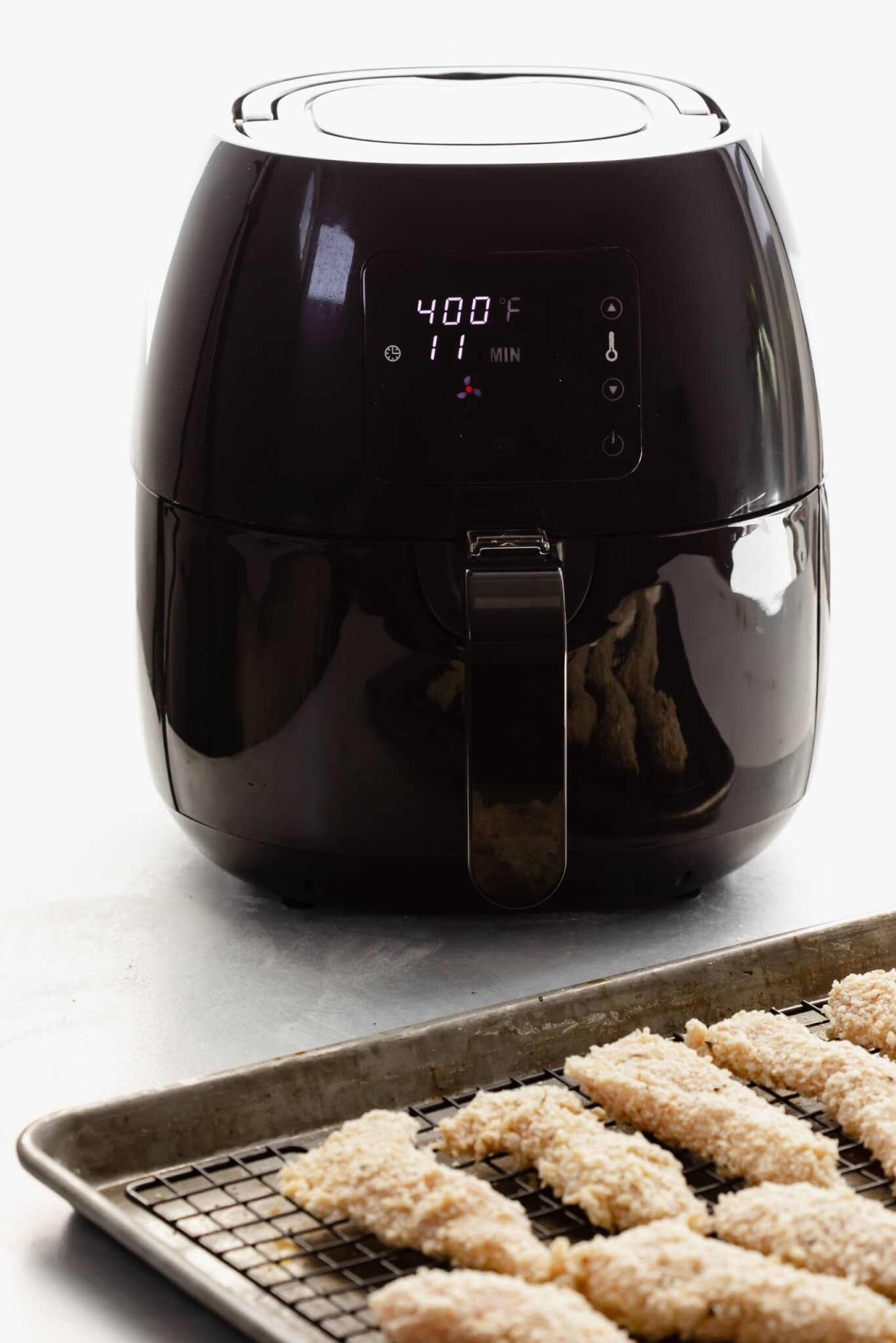 Air fryer set to 400 degrees.